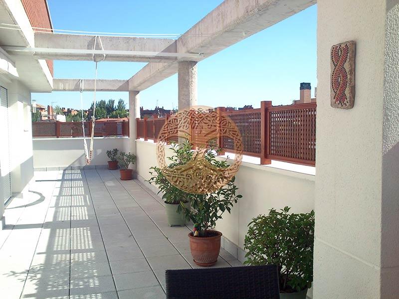 Celosias de madera en madrid dise os exclusivos for Celosia de madera para jardin