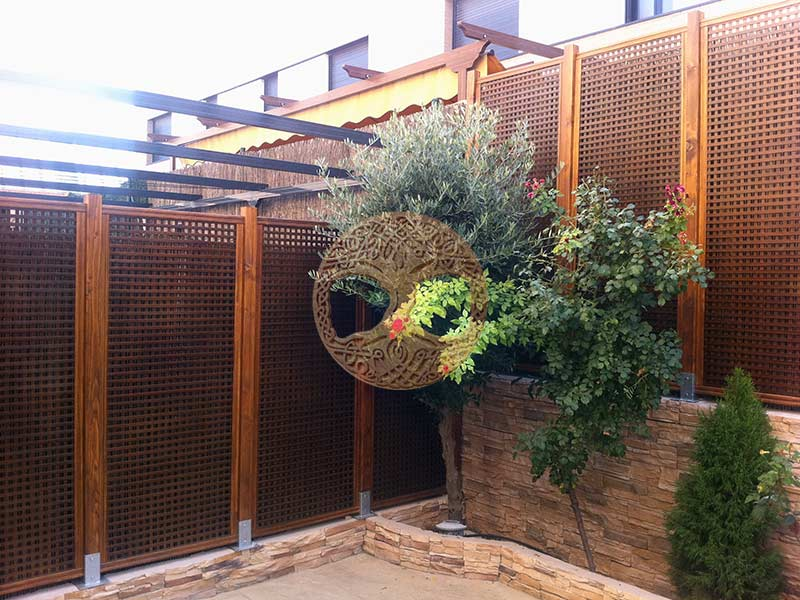 Celosias para terrazas free celosa recta natural x cm for Celosias de jardin
